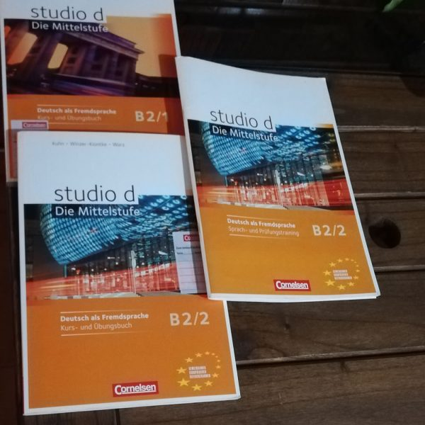 Studio B2